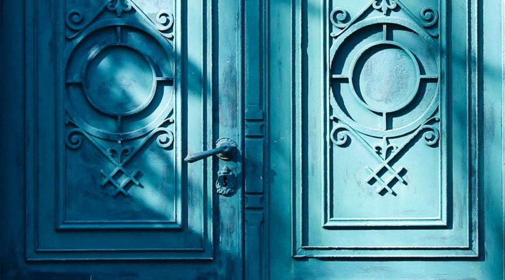 MARI J PEREZ - Doors